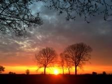 Schitterende zonsopkomst kondigt stralend paasweekeind aan