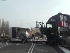 Dronken trucker veroorzaakte ravage Spijkenisserbrug
