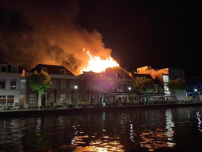 De brand had een verwoestende uitwerking op bar-restaurant Proto