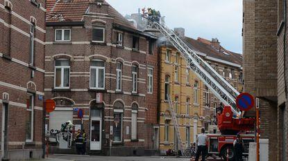 Brand vernielt frituur en vier kamers in Leuven