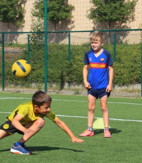Stad leent gratis sport- en spelmateriaal aan Antwerpse jeugdopvangcentra