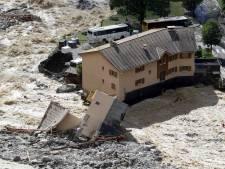 Huit disparus dans la région de Nice, l'effrayant spectacle des maisons emportées par les crues