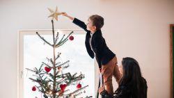 De versiertoer op: zo decoreer je de perfecte kerstboom