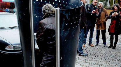 "Na boete voor wildplassende Geerte (23): ""Vrouwen, kom urinoirplassen in Amsterdam!"""