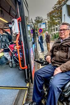 Al jaren geweerd uit stadsbussen: rolstoelers naar de rechter