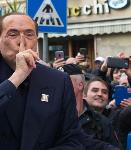 Berlusconi visé par une nouvelle enquête pour corruption