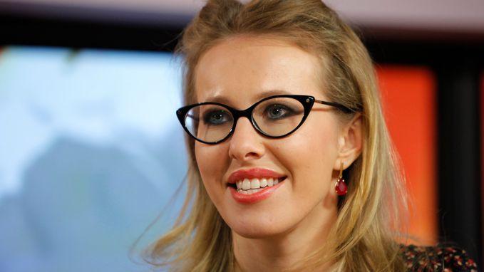 Poetin krijgt presidentiële concurrentie van de 'Paris Hilton' van Rusland