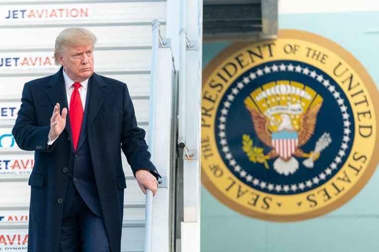 Trump bij aankomst in Zwitserland voor het World Economic Forum