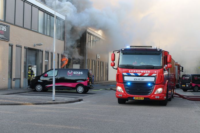 Een grote brand op het bedrijventerrein in Apeldoorn.