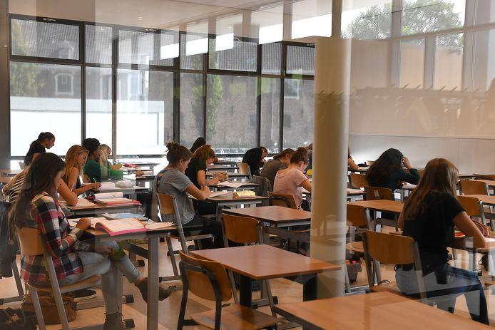 Leerlingen van het Elzendaalcollege in Boxmeer.