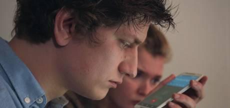 Anthony (27) licht internetcriminelen op in nieuwe tv-serie: 'We gebruiken hun eigen methodes tegen ze'