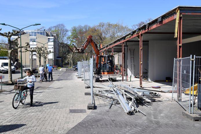 Het voormalige Emtépand in Dongen wordt verbouwd tot nieuwe winkelruimtes.