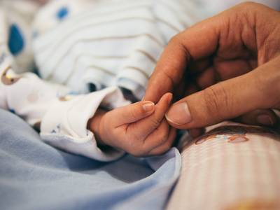 'Bij haar geboorte leek Mirthe een gewoon baby'tje'