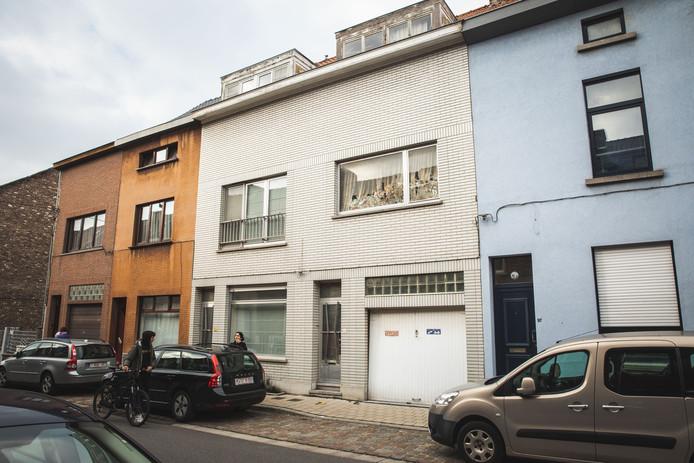 De bewuste woning in de Heiveldstraat.