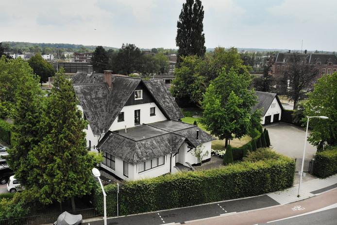 De executieverkoop van Villa De Rozenhof betekent zeer waarschijnlijk ook het definitieve eind van het plan om daar een woonzorgcomplex te realiseren.