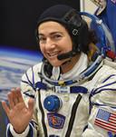 Jessica Meir voor vertrek naar het ISS vanaf de basis Baikonur in Kazachstan.