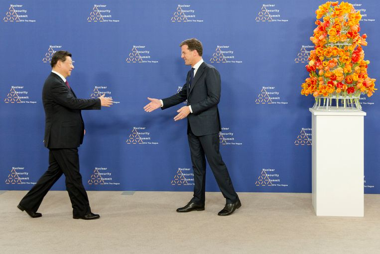 Premier Mark Rutte ontvangt president Xi Jinping van China in het World Forum in Den Haag voor de Nuclear Security Summit in maart 2014 Beeld Hollandse Hoogte / HH poolfoto