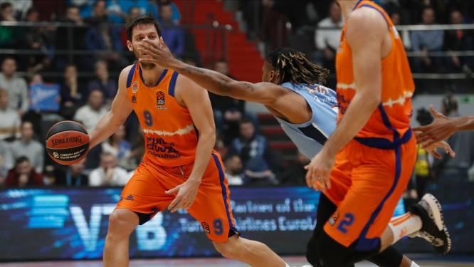 Sam Van Rossom schenkt Valencia in slot de zege tegen  Maccabi Tel Aviv in Euro League basket