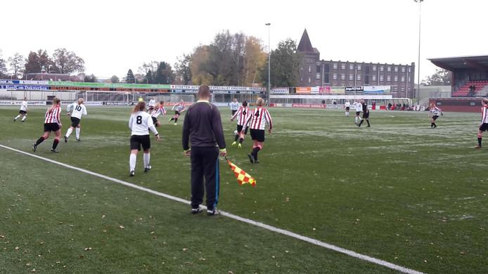 De dames van Witkampers in Enschede.