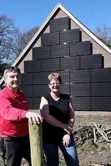 Zonnepanelen aan gevel in plaats van op dak? In Eibergen wel!