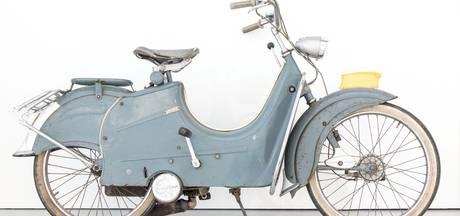 'Verpleegstersbrommer' in museumcollectie CODA