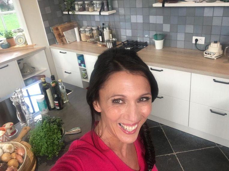De Open Keuken : De open keuken van sandra bekkari tv showbizz hln