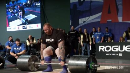 Kijk hoe The Mountain uit Game of Thrones het wereldrecord deadliften verbreekt