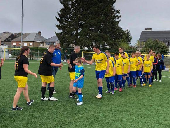 Ter promotie van de G-Sport speelt het schepencollege op zaterdag 23 maart een vriendschappelijke wedstrijd tegen de G-Ploeg van KSV Sottegem.