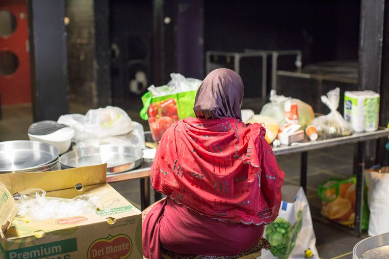 Offerfeest, georganiseerd door de Somalische gemeenschap in Nijmegen. De meeste Somaliërs zijn moslim. Beeld Hollandse Hoogte / Manon Bruininga