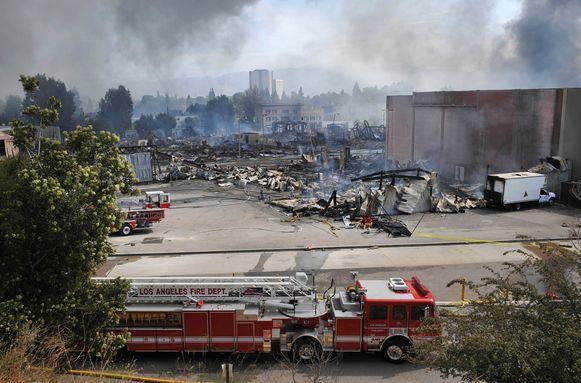 Het is de as gelegde gebouw van Universal Studios in Californië in juni 2008.