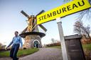 De Kerkhovense molen diende in 2018 als stembureau in Oisterwijk.
