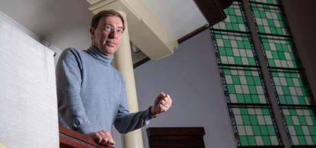 Hardenberger Meulink gaat voor in marathonkerkdienst Den Haag