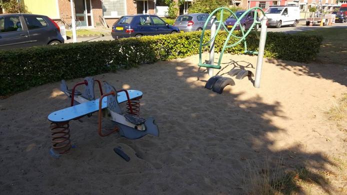 De speeltuin in Hoge Vucht die de gemeente binnenkort verwijdert.