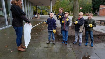 Leerlingen Ter Elst vullen tien zakken met zwerfvuil