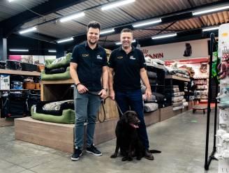 """Dierenspeciaalzaak Zowizoo eert overleden zaakvoerster met digitale hondenwandeling: """"Ze was een voorbeeld voor velen"""""""