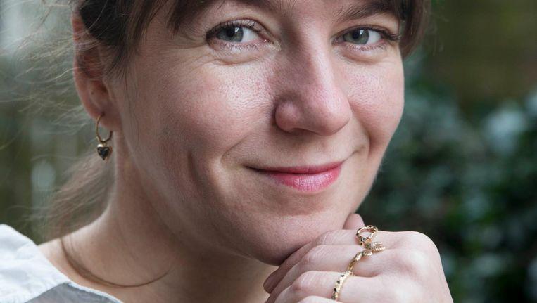 Nadine Kieft: 'Ik maak de sieraden elegant en ook grappig' Beeld Charlotte Odijk