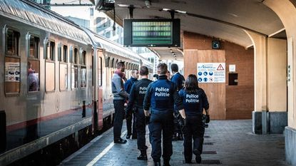Politie pakt 50 migranten op bij grootschalige actie aan station Brussel-Noord