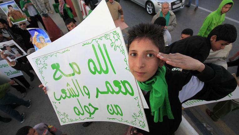 Een pro-Kadhafi-betoger. Beeld reuters
