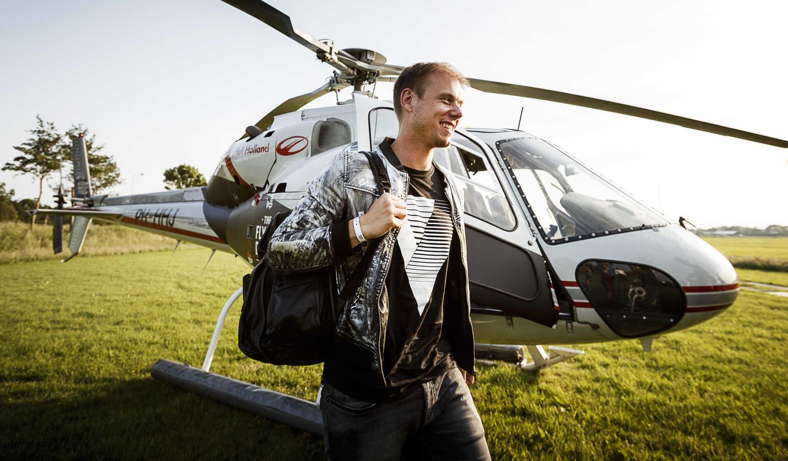 Armin van Buuren - Universal Religion Chapter Six