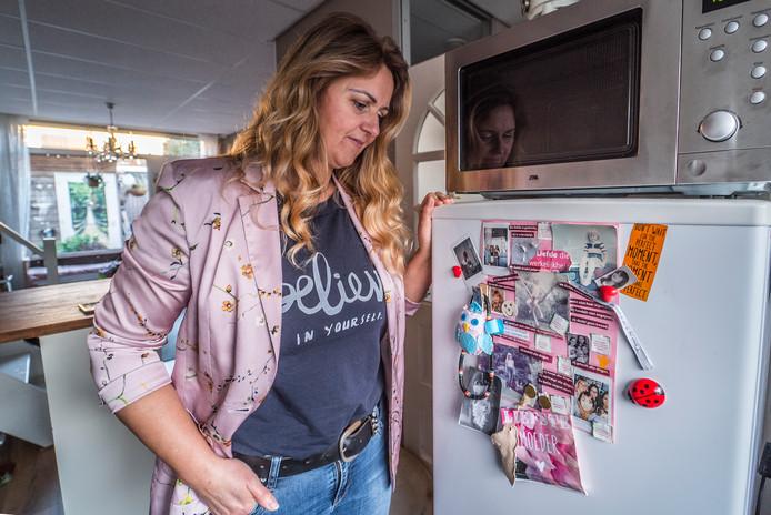 """,,Ik ben niet tegen de Donorwet. Alleen zitten er volgens mij juridisch haken en ogen aan"""", stelt Claudia Siemeling, zus van de vermoorde Robbert."""