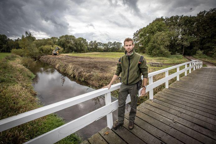 Jeroen Buunen van Staatsbosbeheer (rivier Dinkel)