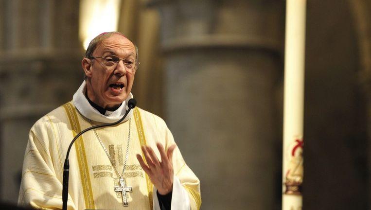 Aartsbisschop André Leonard (foto) wordt in het boek van Joël Devillet beschuldigd van pedofilie.