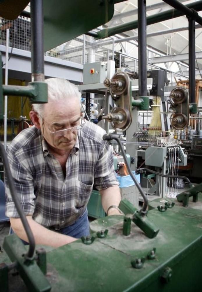 Magie van oude weefmachines geldrop mierlo for Stoop eindhoven