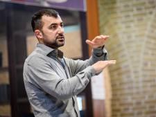 Boekhandelaren probeerden Boekenweekessay Özcan Akyol te verbieden