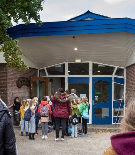 Ouders Vrije School pruimen directeur niet meer en eisen zijn vertrek; klachtendocument van 17 A4'tjes