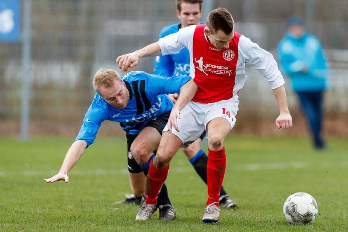 Leon Kerstma (links) scoorde de 0-3.