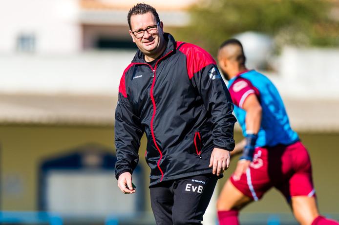 Assistent-trainer Erwin van Breugel is per direct weg bij RKC Waalwijk waar hij jarenlang in dienst was. Daar is hij verbolgen over.