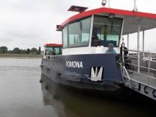 Voetveer Pomona tussen Tiel en Wamel tot zaterdag uit de vaart