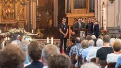 Pakkend afscheid van Michiel (28) in bomvolle kerk waar hij volgend jaar zou trouwen