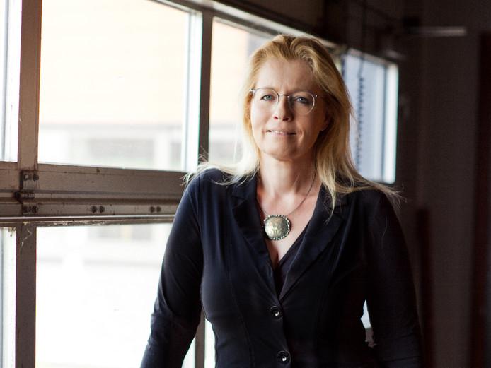 Schrijver Marianne Zwagerman is allergisch voor de term 'lager opgeleid', zo zegt ze tegen work-lifeplatform Intermediair.